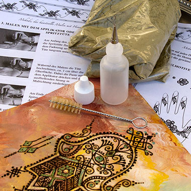 henna tattoo sets mit applikator oder cones spritzt ten. Black Bedroom Furniture Sets. Home Design Ideas